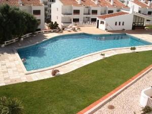 301_piscina